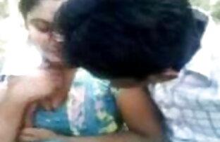 सेक्सी शरीर के साथ किशोर कैम पर एक दूसरे को सेक्सी फुल मूवी हिंदी वीडियो लाइव आनंद मिलता है