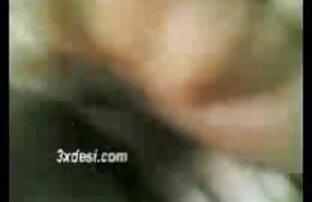 डबल फिस्टिंग गोरा काजोल की सेक्सी मूवी माँ लालची ढीली चूत