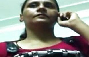 सुंदर संचिका किशोर उसे प्यार सुरंग की खोज मूवी वीडियो में सेक्सी आनंद मिलता है