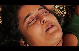 युवा, सींग का बना हुआ और अकेले हॉलीवुड की हिंदी सेक्सी मूवी