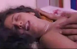 18 वर्षीय लुडमिला कुंवारी सेक्स के दौरान अपने प्रेमी के बड़े पैमाने हिंदी सेक्सी मूवी हिंदी में पर पोल पर काम करती है