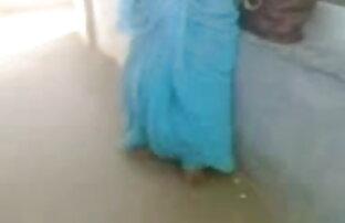 उसके पैरों के साथ धोखा सेक्सी बीएफ हिंदी मूवी देती है