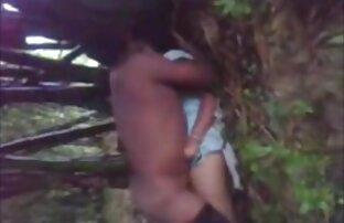 छोटे स्तन देहाती सेक्सी वीडियो फुल मूवी के साथ पतली लड़की उसके शरीर से पता चलता है