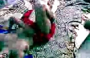 लालची बेब हो रही है सनी लियोन की सेक्सी वीडियो मूवी तबाह बेडरूम में