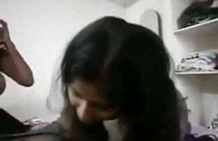 जगाया रूना सेक्सी मूवी की वीडियो उसके छोटे छेद में दो लंड ड्राइव-अधिक